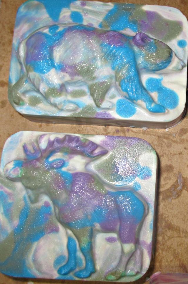 moose and bear blu,purple, gr